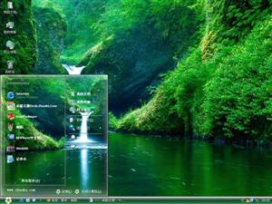 美丽的瀑布电脑主题